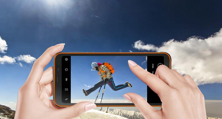 DSLR Camera Smartphone